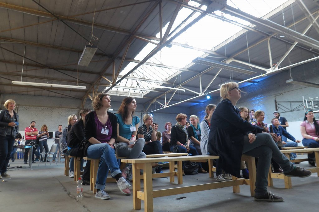 The audience, MC'ing the IC hackathon event. Image by Jan Kus.